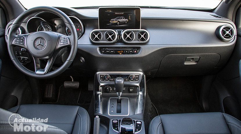 Interior of the Mercedes X-Class
