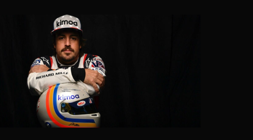 Alonso with the helmet of Daytona